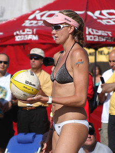 AVP Santa Barbara (2008) - Misty May and Kerri Walsh defeat Lauren Fendrick & Paula Roca in a Round 6 match (Sept. 20, 2008)