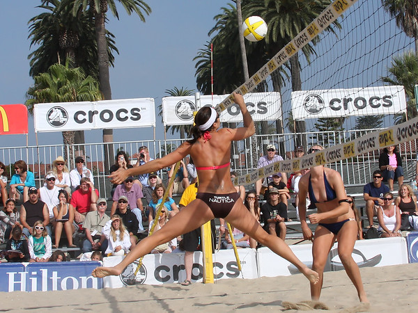 AVP Santa Barbara (2008) - Misty May and Kerri Walsh defeat Sara Dukes & Chrissie Zartman in a Round 1 match (Sept. 6, 2008)