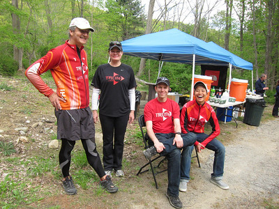Shift 1 relaxing - Gerry, Deanne, Peter, C-Lo