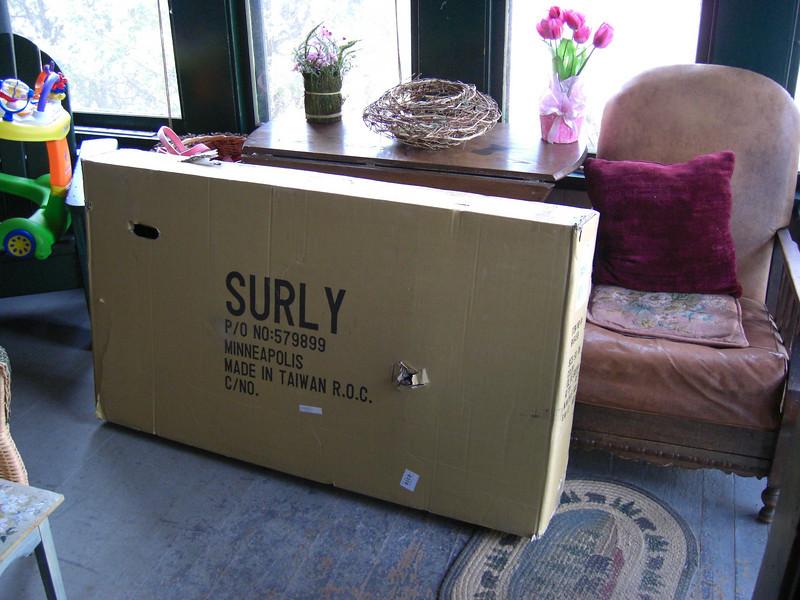 My new Surly Long Haul Trucker arrives UPS! Yea! apr 17, 2009