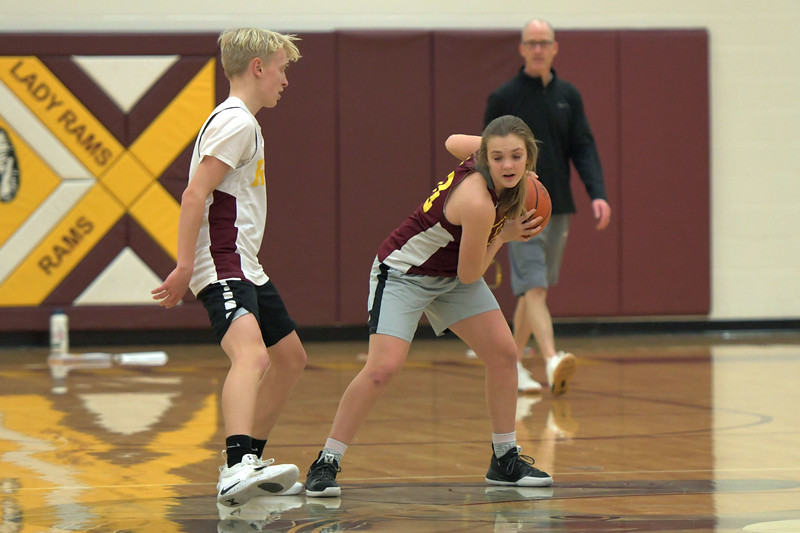 Joel Moline | The Sheridan Press<br /> Big Horn's Courtney Wallach moves the ball into a triple threat position during practice Wednesday, Dec. 18, 2019.