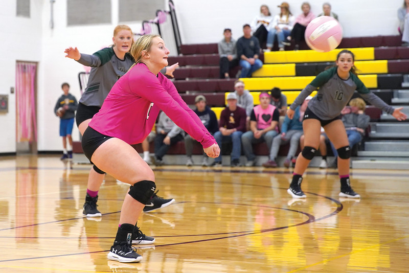 Matthew Gaston | The Sheridan Press<br>Tongue River's libero Sydney Butler (0) comes up with the dig against Big Horn Saturday, Oct. 12, 2019.