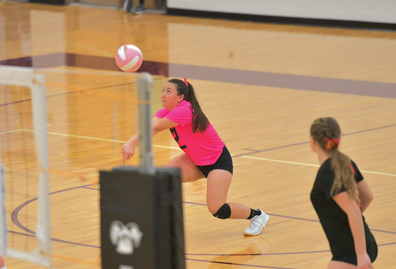 Matthew Gaston | The Sheridan Press<br>Big Horn libero Mary Nicholson (22) makes the save during the first set against Tongue River Saturday, Oct. 12, 2019.