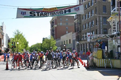 The Masters 40-49 & 50+ at the start in Iowa City, IA.