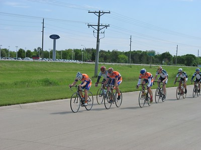 Boone Criterium 2006 - Richard Sherrod, ?, Dave Hammer, Scott Wall, Steve Lauber, Randy Jones, Tom Eaton - photo by DMCC