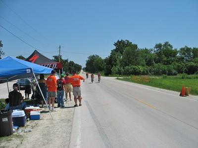 The finish - Scott Wall on right - DMOS photo