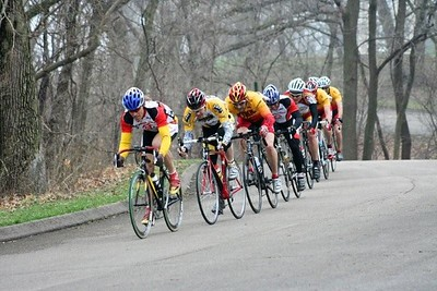 Scott Wall leads Greg Harper, Tom Eaton & the 40+ field - photo by Chain Reaction Bicycle Club