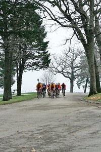 Masters 40+ field - photo by Chain Reaction Bicycle Club