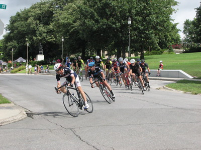 East Village Criterium Masters 35+, 50+