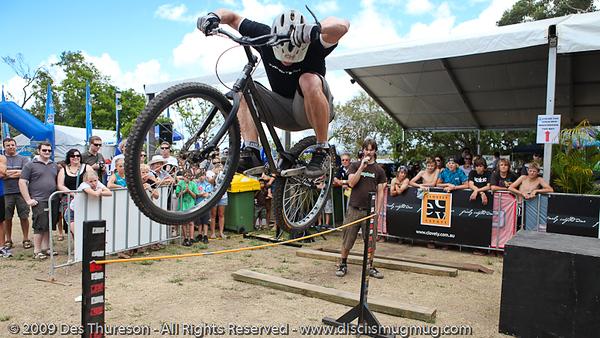 Lewis Greenhalgh - Bike Trials demonstration by Expressivebikes.com - Noosa Triathlon Multi Sport Festival; 31 October, 2009