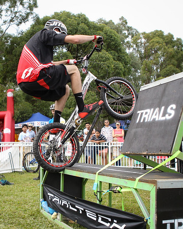2015 Expressive Bikes Bike Trials Stunt Team at The Green Heart Fair