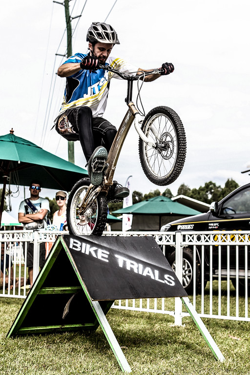 Gritty Detailed Effect - Tim Mullaly - 2015 Expressivebikes.com Bike Trials Stunt Team at the Green Heart Fair, Brisbane, Queensland, Australia; Sunday 31 May 2015. Photos by Des Thureson.