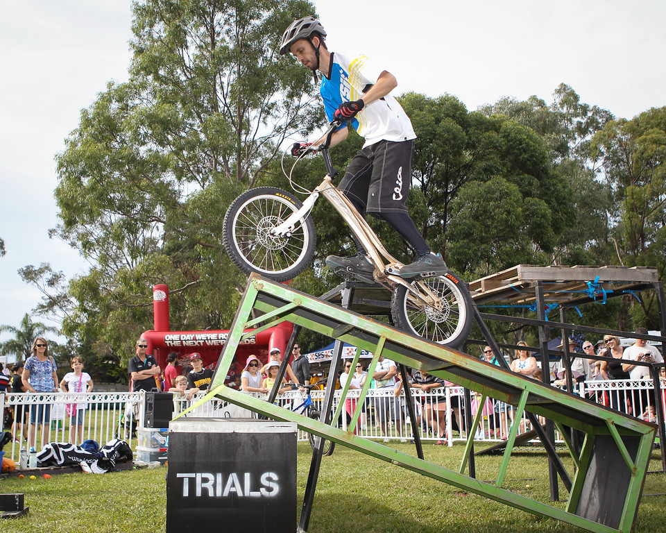 Tim Mullaly - 2015 Expressivebikes.com Bike Trials Stunt Team at the Green Heart Fair, Brisbane, Queensland, Australia; Sunday 31 May 2015. Photos by Des Thureson.