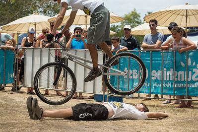 Tim Mullaly & Le Hua - 2012 Expressivebikes.com Bike Trials Demo Team at the Noosa Triathlon Multi Sport Festival, Noosa Heads, Sunshine Coast, Queensland, Australia. Camera 1. Photos by Des Thureson.