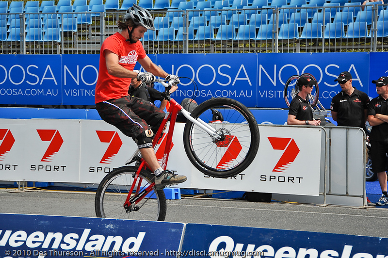 Tim Mullaly - Expressivebikes.com bike trials demo team at the 2010 Noosa Triathlon Multi Sport Festival, 30 October 2010. Noosa Heads, Sunshine Coast, Queensland, Australia.