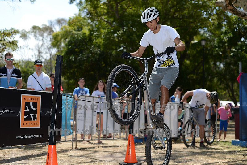 Le Hua - 2012 Expressivebikes.com Bike Trials Demo Team at the Noosa Triathlon Multi Sport Festival, Noosa Heads, Sunshine Coast, Queensland, Australia. Camera 1. Photos by Des Thureson. - The images in this gallery have not been edited / cropped. If you purchase* a print or download, these images will be edited / corrected / cropped before being sent out. *Ordering will be via disci.photoshelter.com or via email. Thanks, Des.