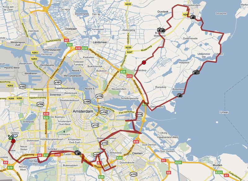 """Onze eerste lange trip (88 km) met de nieuwe fietsen. In waterland langs de dijk naar Monnickendam gefietst in de volle zon, daarna door de polders terug naar amsterdam. Bij de rode bol gestopt voor heelrijk ijs! Foto's staan  <a href = """"http://janvm.smugmug.com/Sports/Osdorp-Monnickendam-Osdorp/12840489_XDfxP"""">hier</a>."""