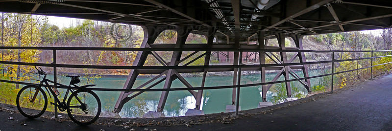 Under Brooks Bridge along the Eire canal bike path_Panorama1