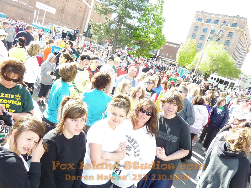 Bloomsday Run Spokane WA Sister Sharon Nieces Alex Dani Taylor 023