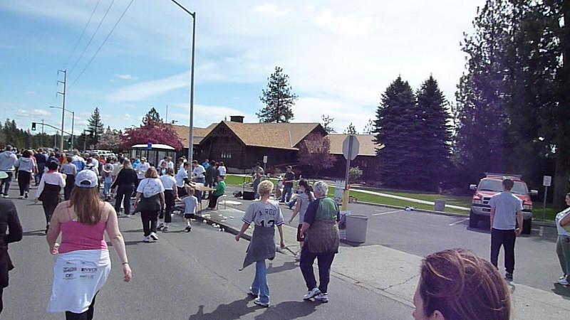 Bloomsday Run Spokane WA Sister Sharon Nieces Alex Dani Taylor 078
