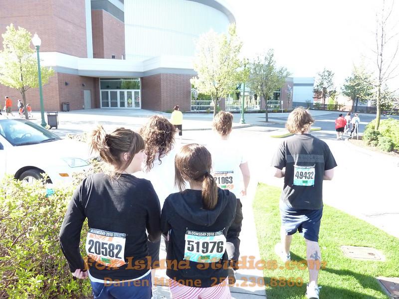 Bloomsday Run Spokane WA Sister Sharon Nieces Alex Dani Taylor 014
