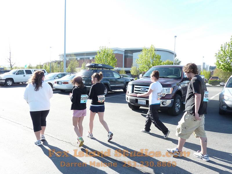 Bloomsday Run Spokane WA Sister Sharon Nieces Alex Dani Taylor 012