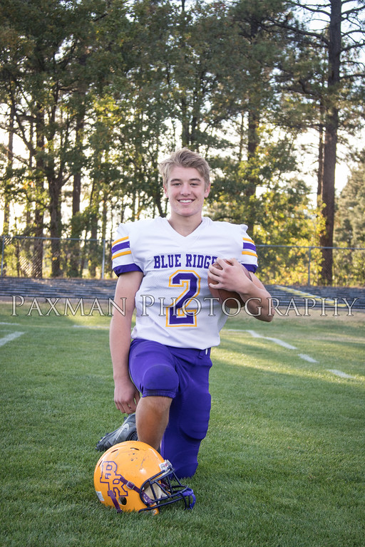 2017 Varsity Football Portraits