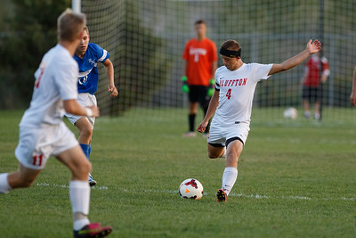 160922 - Boys Soccer  - Riverdale-11