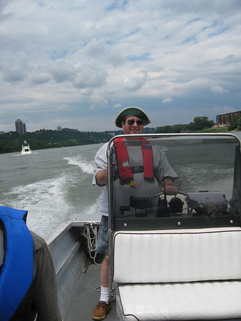 Boating on the Ohio River with Camp Chabad Girls' Counselors - July 19, 2009