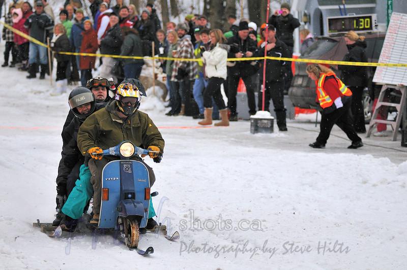 NX2_2010-01-24_034_Carnival BobsledDSC_5923