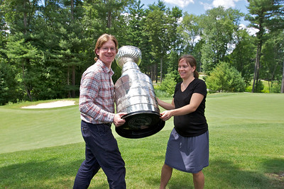 Geoff Ward Golfing with the Cup 2011