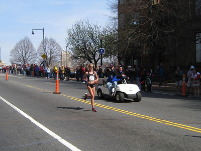 Blake Russell, 10k specialist, enroute to her #3 2:32 finish and an Olympic slot!