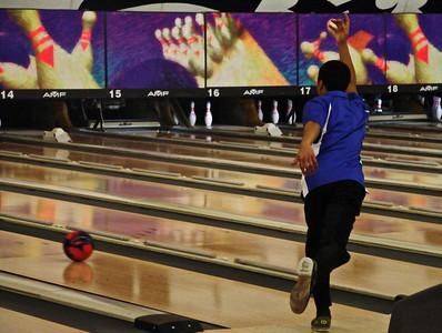 Bowling vs Praire