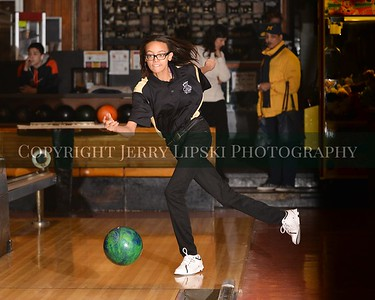 Griffith Panthers Bowling Team Practice