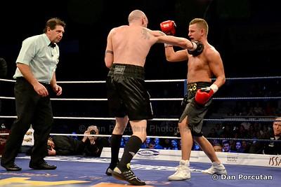 Gala Internationala de Box Profesionist | Copyright © Dan Porcutan - http://facebook.com/danporcutan