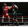 Samedi 7 avril 2012: traditionnel meeting de boxe organisé à Palézieux par le Boxing-Club de Châtel-St-Denis.<br /> Stéphane Oberson, BC Châtel-Saint-Denis (rouge), contre Sabaratnam Janakan, BC Lugano (bleu).