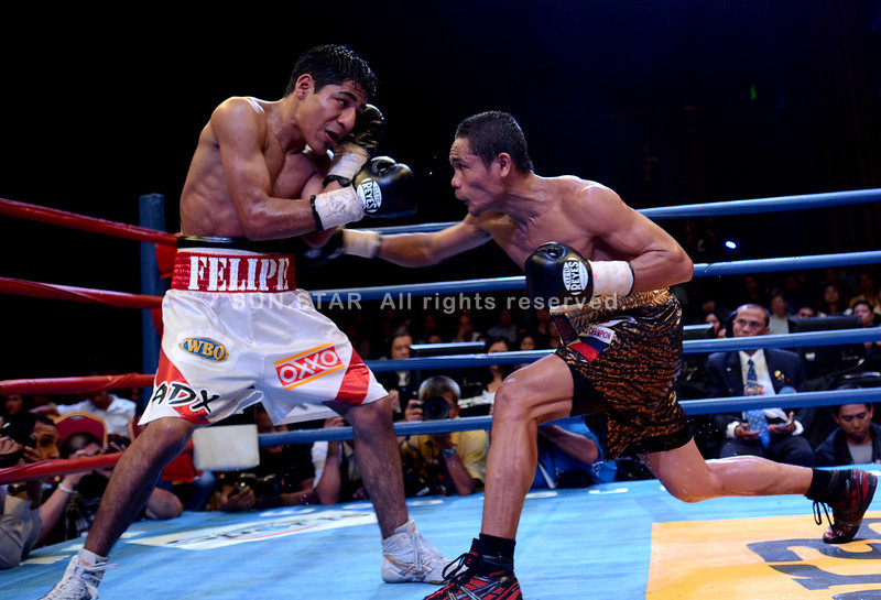 MANILA. Donnie Nietes grabbed the WBO world lightweight championship Saturday after defending his belt against Mexican opponent Felipe Salguero during the Pinoy Pride IV held at Resorts World Hotel in Manila. (Ruel Rosello)