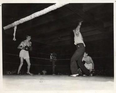 City Armory Boxing IX (01128)
