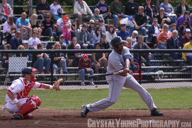 London Majors at Brantford Red Sox May 28, 2011