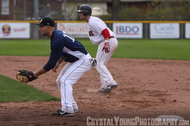 Hamilton Thunderbirds at Brantford Red Sox May 7, 2011