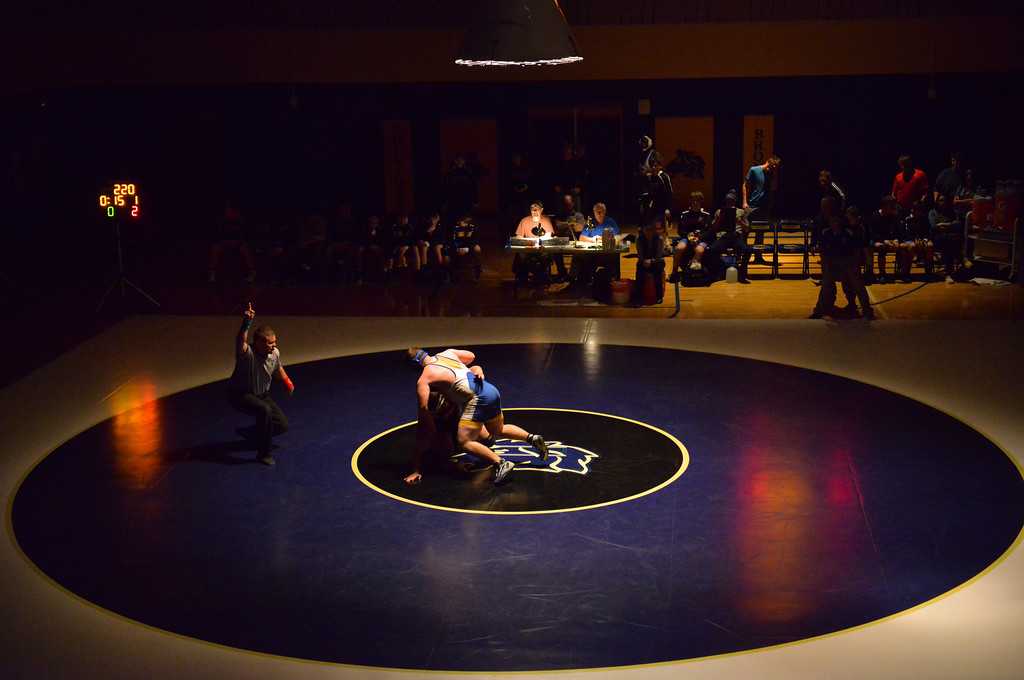 Justin Sheely | The Sheridan Press<br /> Sheridan's Ethan Johnson competes against Worland's Alex Beck at Sheridan High School Thursday, Dec. 6, 2017. The Broncs rallied for a win 43-27.