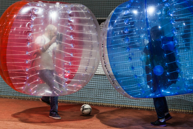 35-bubble soccer-29-Aug-2014