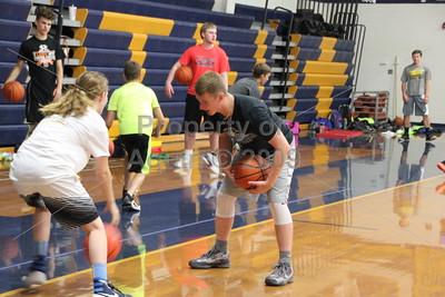 bulldog basketball camp . 6.6.16