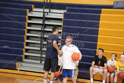 bulldog basketball camp . 6.9.16