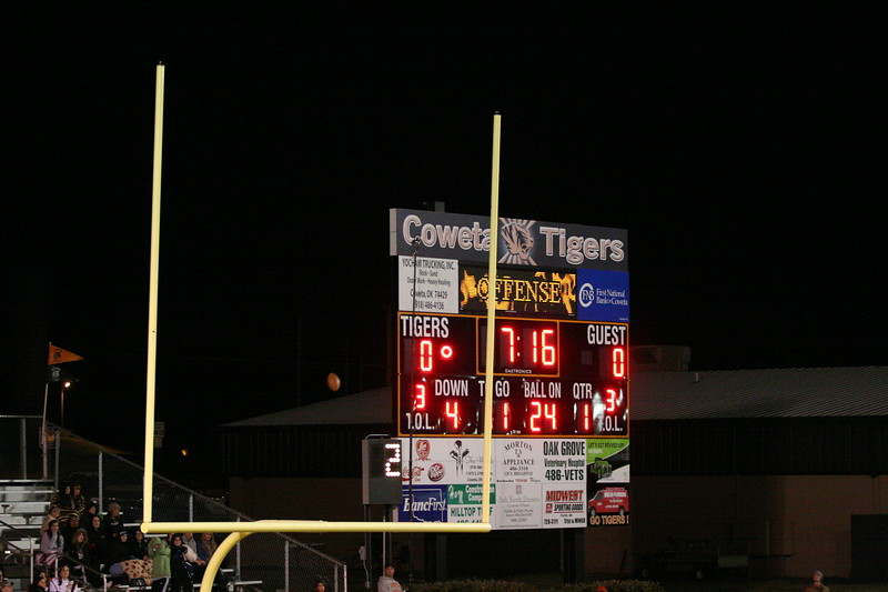 coweta football 1st playoff gm 11-14-08 014