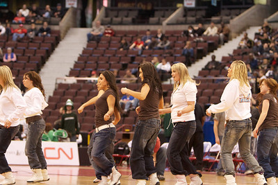 2010 CIS Men's Basketball Championships, Milk Cheerleaders