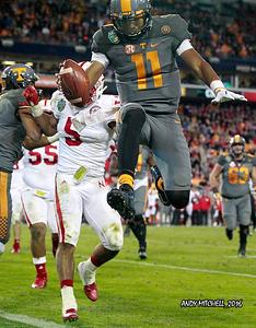 NCAA FOOTBALL: DEC 30 Music City Bowl - Nebraska v Tennessee