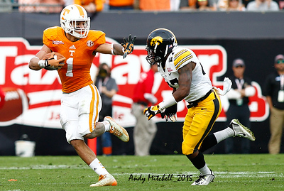NCAA FOOTBALL: JAN 02 TaxSlayer Bowl -Tennessee v Iowa