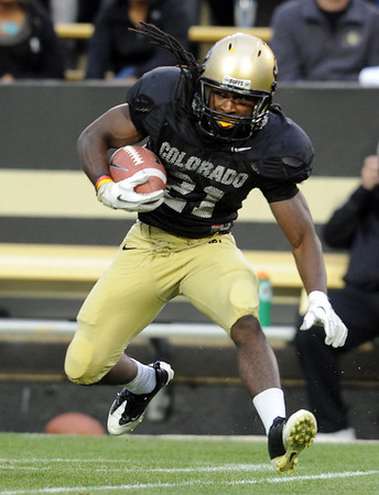 "CU RB, D.D.  Goodson, during the Spring game.<br /> For more photos of the game, go to  <a href=""http://www.dailycamera.com"">http://www.dailycamera.com</a><br /> Cliff Grassmick / April 14, 2012"