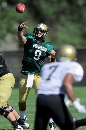 CU's Tyler Hansen passes downfield during practice at the University of Colorado in Boulder, Colorado August 9, 2011.   CAMERA/Mark Leffingwell